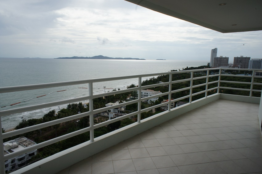 Fantastic Sea view, Front corner unit