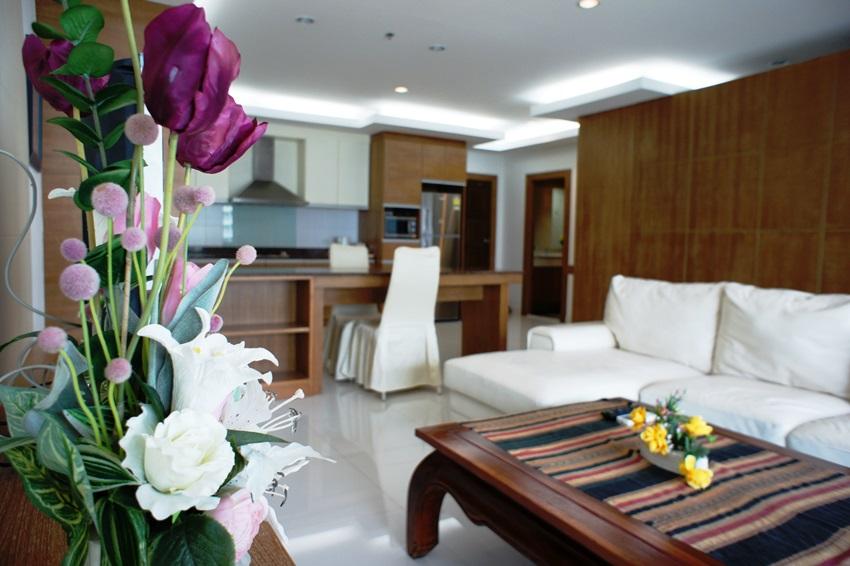 Nice 1 bedroom condo, Viewtalay 5 C