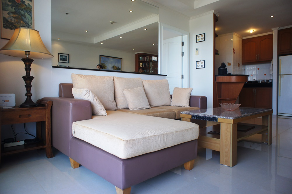 Viewtalay 5 D, Large 1 bedroom for rent